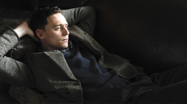 Tom-Hiddleston-Deep-Blue-Sea